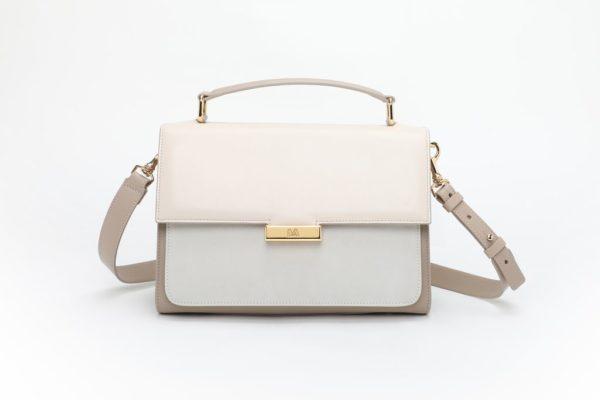 borsa bianca frontiera con accessori in metallo finitura oro